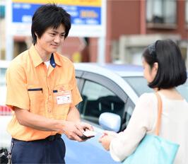 名古屋市緑区の鍵屋スタッフが現場で無料お見積りいたします